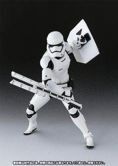 SH Figuarts FO Riot Control Stormtrooper