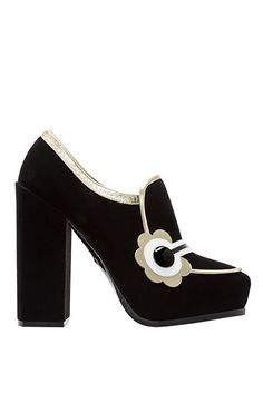 9610b5b4d2a290 Nicholas Kirkwood s New Shoes Are Every Mod Girl s Dream