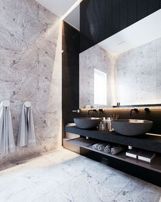 Bathroom - Black and marble wall