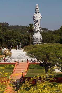 Bombarral- Buddha Eden