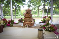 cool tree country wedding cake Country Wedding Cakes, Table Decorations, Weddings, Cool Stuff, Home Decor, Decoration Home, Room Decor, Wedding, Home Interior Design