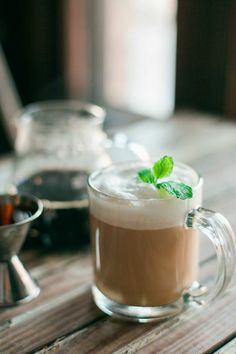 St. Patty's Day Mint Irish coffee- not waiting until St. Patrick's Day to try this recipe! ==