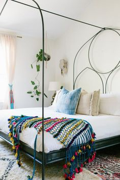 The Must-Have Home Accessories for Modern Boho Lovers http://domino.com/boho-tassel-accessories