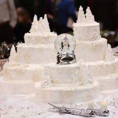 Winter Wonderland wedding cake.