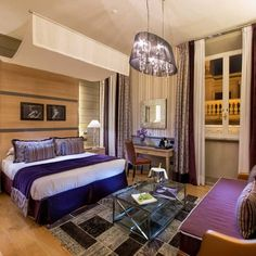 Check out this slideshow Inn at the Spanish Steps in this list The Best Hotels in Rome