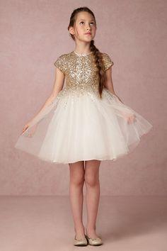 f1a407c8ec65 43 Best Winter Flower Girl images | Engagement, Bride groom dress ...