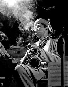 Herman Leonard     Dexter Gordon, The Royal Roost, NewYork City     1948