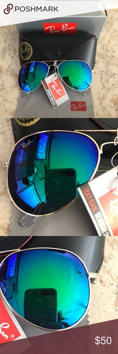 Ray Ban Aviator Sunglasses. Green blue Ray Ban Aviator Sunglasses. Brand new and in great condition. Comes with everything seen in the photo. Price reflects the item. (🚫 authentic) Ray-Ban Accessories Sunglasses