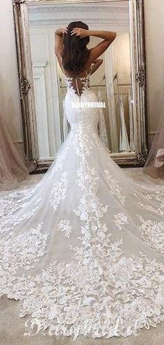 Wedding Dress Train, Cute Wedding Dress, Rustic Wedding Dresses, Applique Wedding Dress, Lace Mermaid Wedding Dress, Wedding Dress Trends, Long Wedding Dresses, Mermaid Dresses, Bridal Dresses