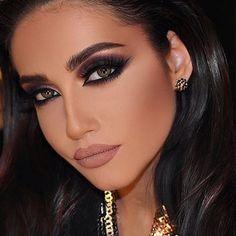 #eyeMakeup #eyemakeupsteps #eyemakeuptips #smokeyeyemakeup #eyemakeupforbigeyes #simpleeyemakeup #eyemakeupimages #eyemakeuplooks #eyemakeupsmokey #eyemakeuppictures #eyemakeupphotos Glam Makeup Look, Beauty Makeup, Makeup Looks, Face Makeup, Sexy Makeup, Bridal Makeup, Wedding Makeup, Middle Eastern Makeup, I Heart Hair