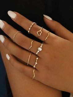 Main Inspo Page ⋆ Best Frugal Deal & Steals on inspo – Bijoux Trends Hand Jewelry, Dainty Jewelry, Simple Jewelry, Cute Jewelry, Jewelry Rings, Jewelery, Jewelry Accessories, Women's Rings, Dainty Ring