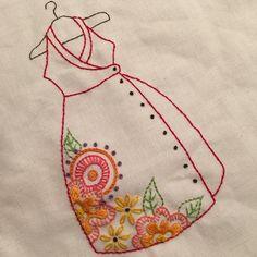Bordando vestidos 3.