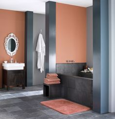 Nowoczesna łazienka w stylu glamour - dla fanów eleganckich rozwiązań.