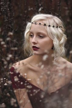 Rosemary Wilson-My Last Time Here/ white hair girl queen Fantasy Photography, Portrait Photography, Portrait Shots, Poses, 3 4 Face, Beauty And Fashion, Female Characters, Fantasy Characters, Character Inspiration