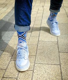 𝗜 𝗹𝗶𝗸𝗲 𝗮 𝗰𝗼𝗹𝗼𝗿𝗳𝘂𝗹 𝘀𝗼𝗰𝗸𝘀. 𝗜'𝗺 𝗮 𝘀𝗼𝗰𝗸𝘀 𝗺𝗮𝗻! High Top Sneakers, Sneakers Nike, Colorful Socks, Matt Smith, Nike Air Force, African, Bright, Fan, Shoes