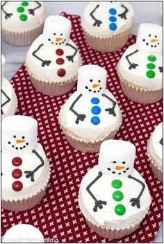 Christmas Snacks, Xmas Food, Christmas Cooking, Christmas Goodies, Christmas Candy, Holiday Treats, Holiday Recipes, Holiday Cakes, Christmas Baking For Kids