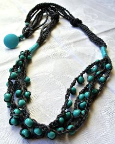 The clear thread ...: Crochet Necklace