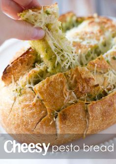 Mouthwatering cheesy pesto bread