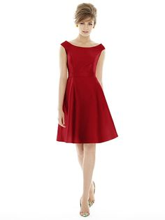 Alfred Sung Style D686 http://www.dessy.com/dresses/bridesmaid/d686/#.VQAzZoF4rB8