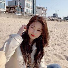 Kpop Girl Groups, Kpop Girls, Yuri, Korean Girl, Asian Girl, Selca, Japanese Girl Group, Kim Min, Ulzzang Girl