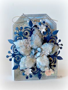Snowflake and Poinsettia Treat Box by Tracey Fehr - Cards and Paper Crafts at…