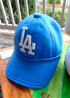 f524d5f570e My Dad s 70th Birthday and How to Make a Hat Cake. Baseball ...