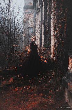 Sarachmet - model, Eliza.