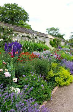 English Herbaceous Border. Oxford Botanic Garden