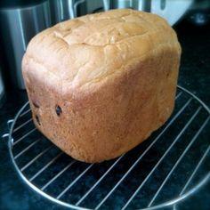 Rozijnen kaneelbrood Bread Machine Recipes, Bread Recipes, Good Food, Yummy Food, Bread And Pastries, Pastry Recipes, High Tea, Bread Baking, Breakfast Recipes