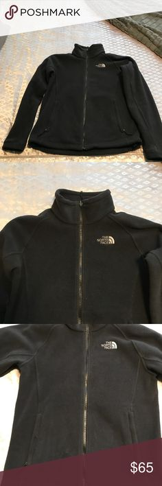 Women's North Face Fleece Only worn for 2 Fall/Winter seasons. Very well taken care of. No flaws North Face Jackets & Coats