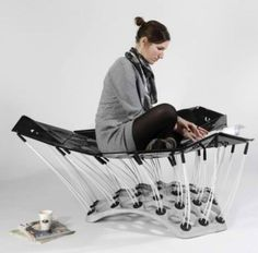 Flying Carpet: Chair-Bed Combo Adapts to the Human Form | Designs & Ideas on Dornob