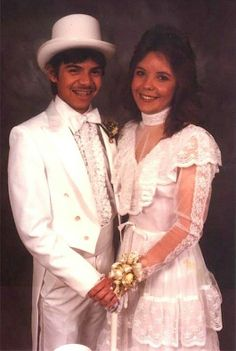 Awkward Prom Photos That Will Make You Miss High School - 38 awkward prom photos ever