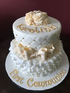 First Communion Cake Cross Cakes, First Communion Cakes, Birthday Cake, Desserts, Food, Tailgate Desserts, Birthday Cakes, Deserts, Meals