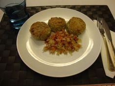 Bucataria cu noroc - Chiftele de naut (falafel) Falafel, Pancakes, Grains, Rice, Food, Eten, Falafels, Seeds, Meals