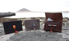 15 Euros - FREE SHIPPING handmade with reclaimed leather Bradley Mountain, Pouches, Backpacks, Free Shipping, Trending Outfits, Unique Jewelry, Handmade Gifts, Leather, Bags