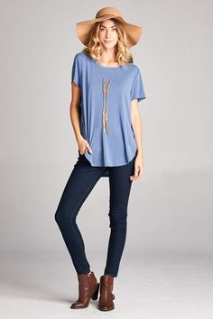 Loose Fit, Round Neck, Round Edge Bottom Detailed Casual Top