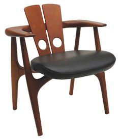 Katita chair by Sérgio Rodrigues