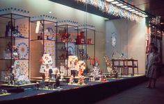 holiday shopping displays were the absolute corniest Deck The Halls, Architecture Design, 1960s, Christmas Decorations, Xmas, Display, Holiday, Christmas Windows, Vintage