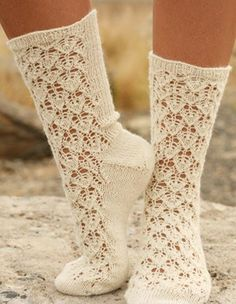 Free pattern; lacey knitted socks