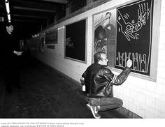Photo by Tseng Kwong Chi. 1981 Copyright © Muna Tseng Dance Projects Inc. Subway Drawing. 1981 Copyright © Estate of Keith Haring
