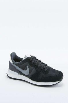 Nike Internationalist Black Trainers