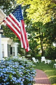 Memorial Day, The Fourth of July, and Labor Day are just the beginning when it comes to holidays that you need patriotic inspiration for! Get ideas for patriotic home decor, table settings and more. A Lovely Journey, Happy Fourth Of July, July 4th, Sea To Shining Sea, Home Of The Brave, Land Of The Free, God Bless America, Nantucket, Independence Day
