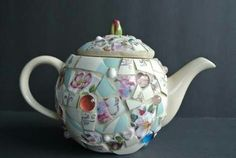 Tea Riffic, Mosaic Pieces, Tea Kettles, Heart Day, Mosaic Ideas, Tea Sets, Mosaic Art, Teapot, Holiday Crafts