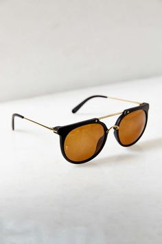 7f4ed783f8 Wonderland Stateline Sunglasses Daily Look