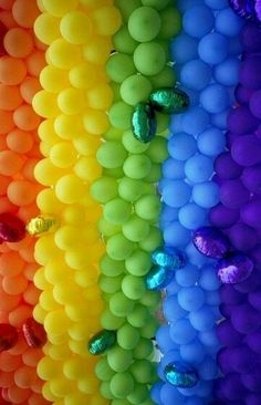 *Rainbow Rows of Balloons Taste The Rainbow, Over The Rainbow, World Of Color, Color Of Life, All The Colors, Vibrant Colors, Color Explosion, Rainbow Connection, Happy Colors
