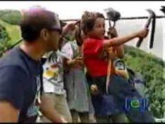 LOS NIÑOS DEL CABLE  http://www.youtube.com/watch?v=qfuDTwanjaw