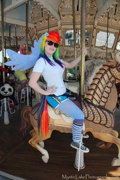 Rainbow Dash Cosplay idea.. maybe