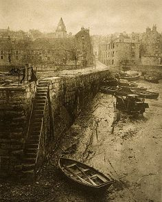 Old Pier, Queensferry, Edinburgh ** Antique Photos, Vintage Photographs, Vintage Photos, Old Town Edinburgh, Edinburgh Scotland, Old Pictures, Old Photos, Victorian London, Old Photography