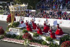 Rose Bowl Parade, Homecoming Floats, Secret Organizations, Rose Queen, Royal Court, Topiary, Hedges, Pageant, Balloons