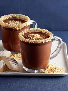 Fındıklı sıcak çikolata Tarifi - İçecekler Yemekleri - Yemek Tarifleri Easy Healthy Recipes, Great Recipes, Coffee Flour, No Flour Cookies, Middle Eastern Recipes, Food Illustrations, Food Cakes, Chocolate Recipes, Cookie Recipes